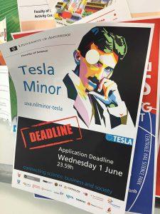 Poster tesla minor